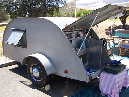 Dave & Terri's '46 All Aluminum Trailer Galley